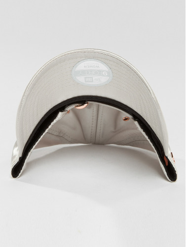 New Era Damen Snapback Cap Premium 9Forty in grau