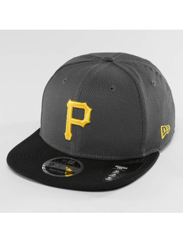 New Era Snapback Cap Diamond Pop Pittsburgh Pirates in grau