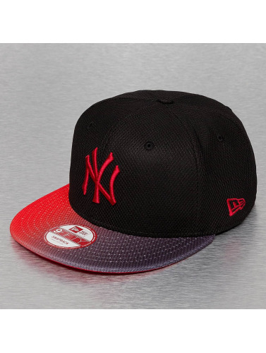 New Era Snapback Cap Grade Visor NY Yankees in schwarz