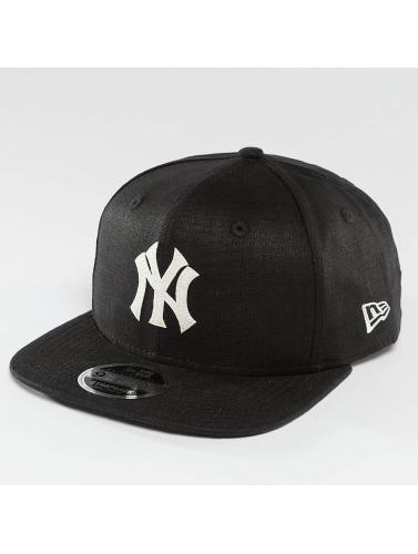 New Era Snapback Cap Linen Felt NY Yankees Cooperstown in schwarz