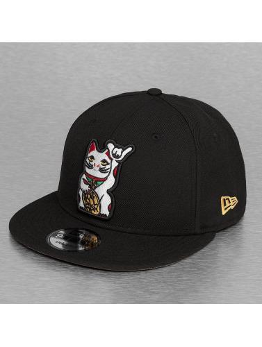 New Era Snapback Cap Cat 9Fifty in schwarz