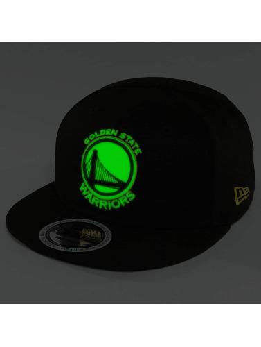 New Era Snapback Cap Team GITD Basic Golden State Warriors 9Fifty in schwarz