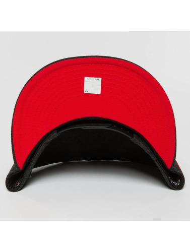 New Era Snapback Cap Team Heather Chicago Bulls in schwarz