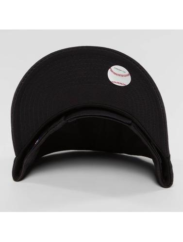 New Era Herren Snapback Cap Essential NY Yankees 9Forty in schwarz