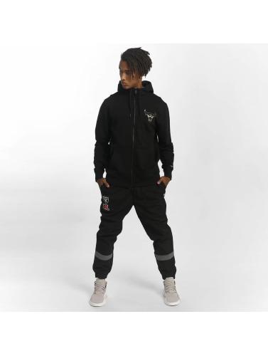 New Era Hombres Sudaderas con cremallera BNG Chicago Bulls Fleece in negro