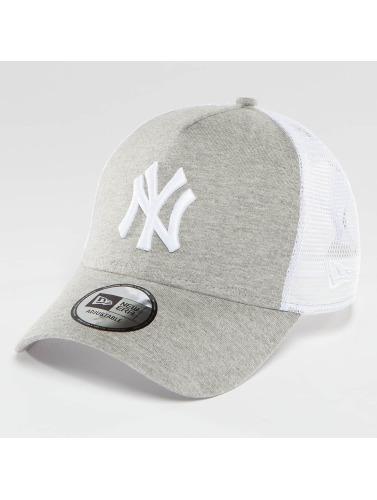 New Era Trucker Cap Essential Jersey NY Yankees in grau