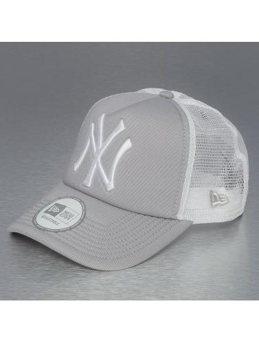 New Era Trucker Cap Clean NY Yankees in grau