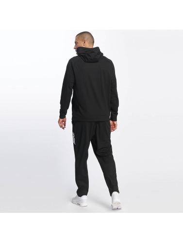 Nike Herren Anzug NSW AV15 in schwarz