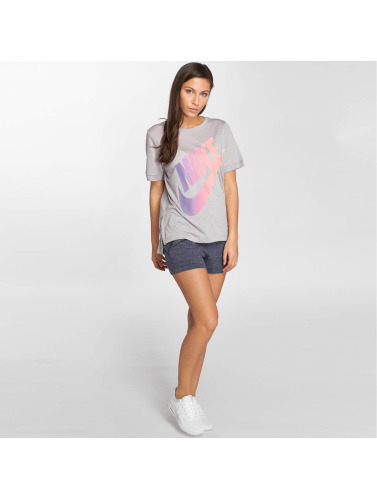 Nike Mujeres Camiseta Sportswear in gris