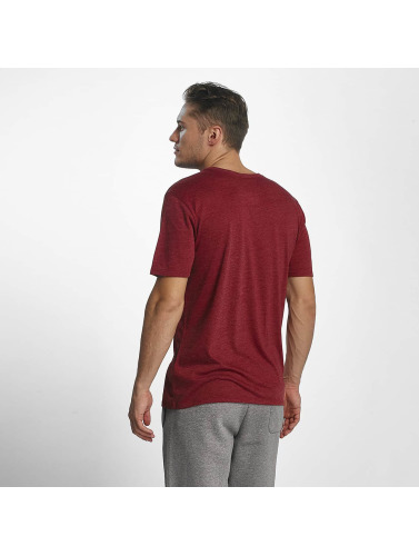 Nike Hombres Camiseta NSW Legacy in rojo