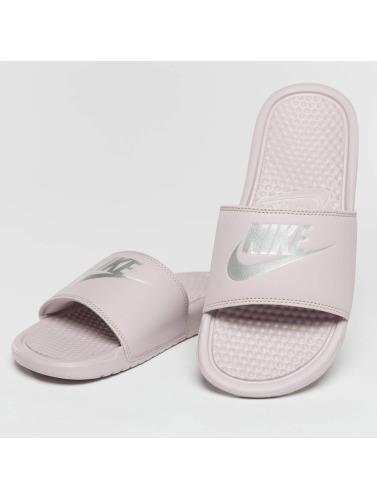Nike Mujeres Chanclas / Sandalias Benassi JDI in rosa