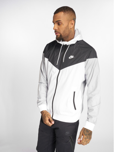 Nike Hombres Chaqueta de entretiempo Sportswear in blanco