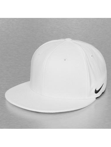 Nike Flexfitted Cap True Swoosh in weiß