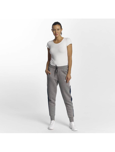 Nike Damen Jogginghose NSW Rally Air in grau