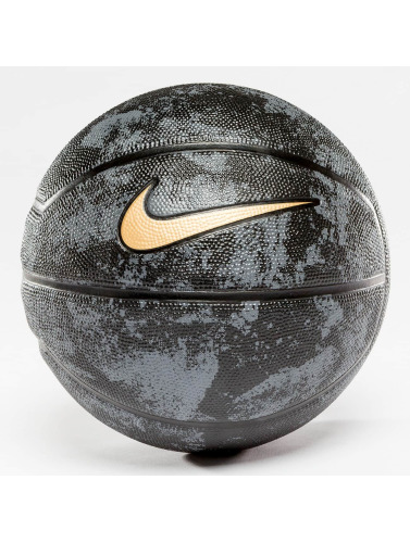 Nike Performance Ball Lebron Playground 4P in schwarz