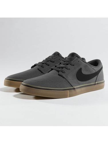 Nike SB Herren Sneaker SB Solarsoft Portmore II Canvas Skateboarding in grau