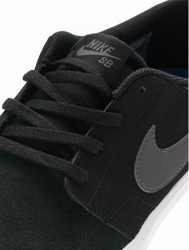 Nike SB Herren Sneaker Solarsoft Portmore ll in schwarz