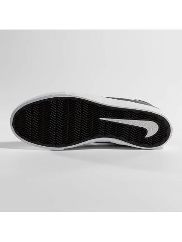 Nike SB Hombres Zapatillas de deporte SB Solarsoft Portmore ll Mid in gris