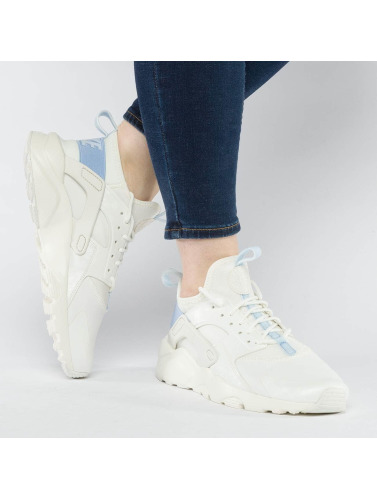 Nike Sneaker Air Huarache Run Ultra in blau