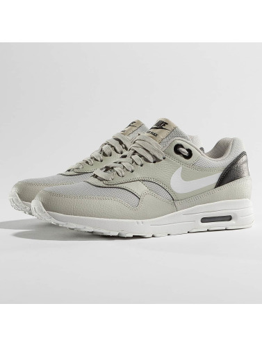 Nike Damen Sneaker Women's Air Max 1 Ultra 2.0 in grau