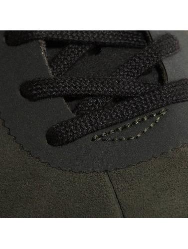 Nike Herren Sneaker SB Bruin Hyperfeel in olive
