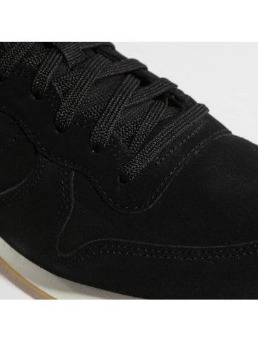 Nike Damen Sneaker Internationalist SE in schwarz