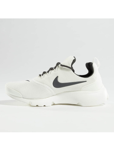 Nike Womens Sneaker Presto Fly In White