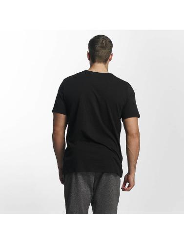 Nike Herren T-Shirt NSW Club in schwarz