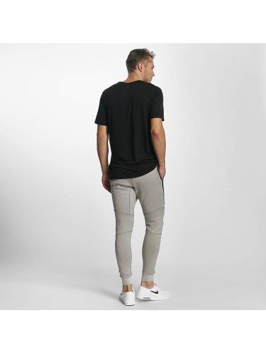 Nike Herren T-Shirt NSW TB Tech in schwarz