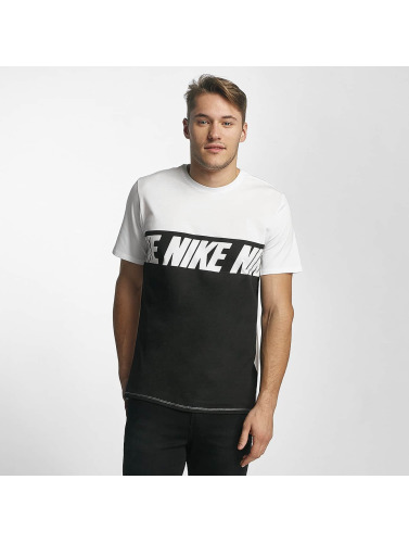 Nike Herren T-Shirt NSW AV15 in weiß