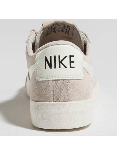 Nike Mujeres Zapatillas de deporte Blazer in beis
