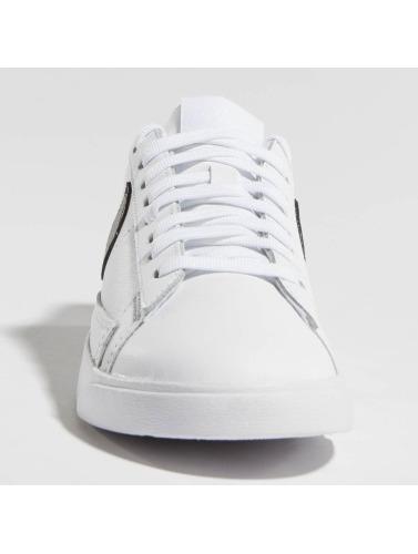 Nike Mujeres Zapatillas de deporte Blazer Low Le Basketball in blanco