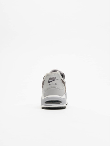 Nike Hombres Zapatillas de deporte Air Max Command Leather in gris