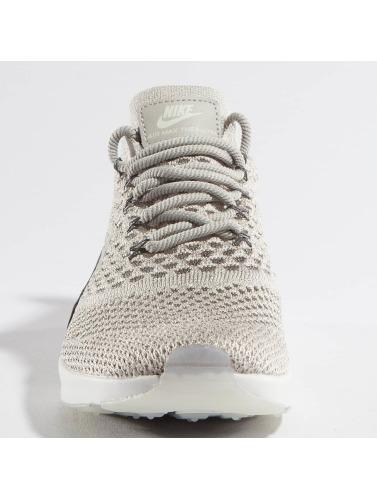 Nike Mujeres Zapatillas de deporte Air Max Thea Ultra Flyknit in gris