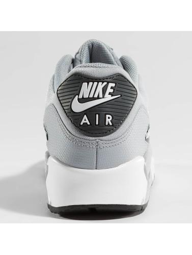 Nike Mujeres Zapatillas de deporte Air Max 90 in gris