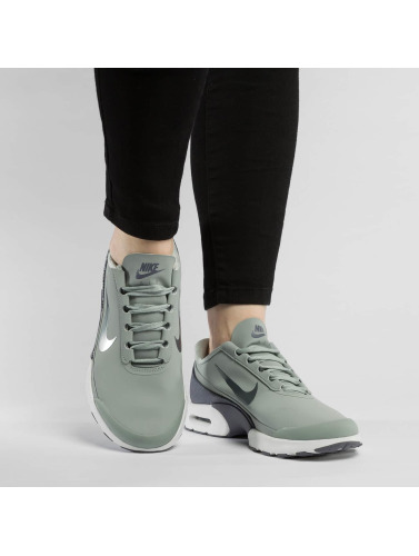 Nike Mujeres Zapatillas de deporte Air Max Jewell Leather in gris