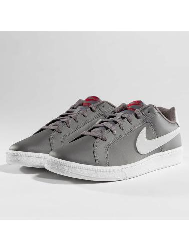 Nike Hombres Zapatillas de deporte Court Royale in gris