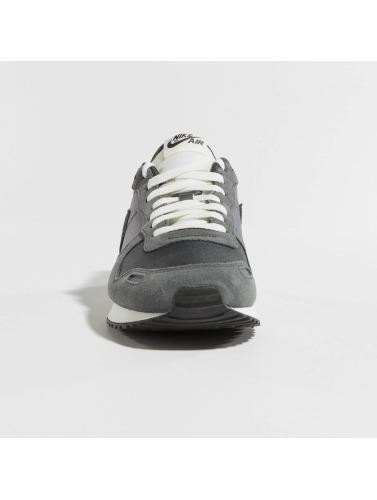 Nike Hombres Zapatillas de deporte Air Vortex Sneakers in gris