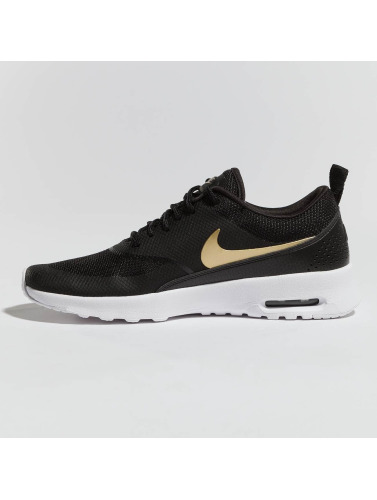 Nike Mujeres Zapatillas de deporte Air Max Thea J in negro