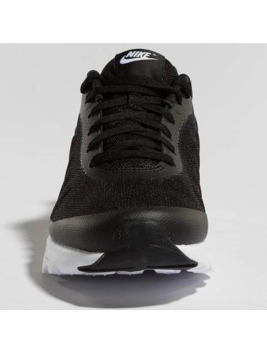 Nike Hombres Zapatillas de deporte Air Max Invigor in negro
