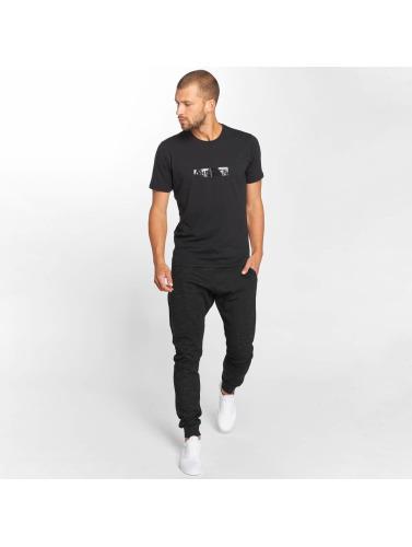 Onepiece Herren T-Shirt Shade in schwarz