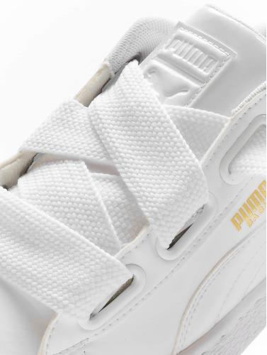 Puma Mujeres Zapatillas de deporte Basket Heart Patent in blanco