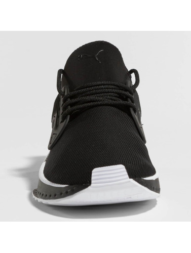 Puma Hombres Zapatillas de deporte Tsugi Cage Sneakers in negro
