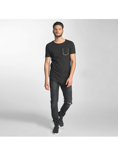 Red Bridge Herren T-Shirt Leather Rivets in schwarz