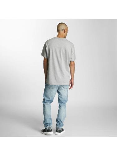 Reebok Hombres Camiseta F Franchise Star in gris