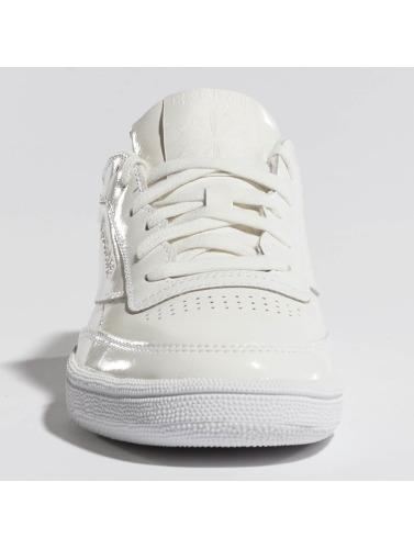 Reebok Damen Sneaker Club C 85 Patent in weiß