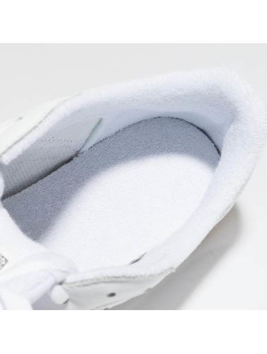 Reebok Hombres Zapatillas de deporte Club C 85 ESTL in blanco