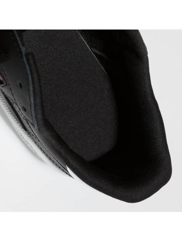 Reebok Mujeres Zapatillas de deporte Club C 85 Emboss in negro
