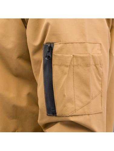 Reell Jeans Hombres Cazadora bomber Technical in marrón