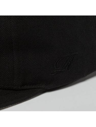 Reell Jeans Snapback Cap Base in schwarz